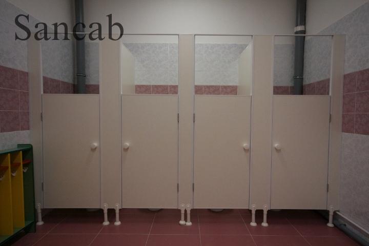 Туалетную кабинку своими руками 89